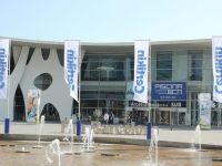 salon-internacional-de-la-piscina-2011-1