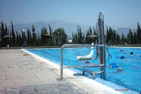 Elevador hidráulico para piscina o Ascensor acuático