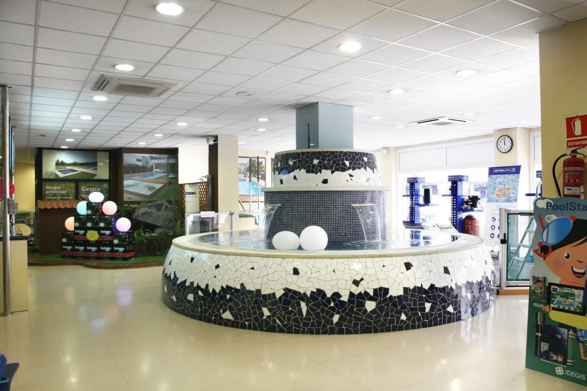 Tienda de piscinas - Piscines Dome SABADELL