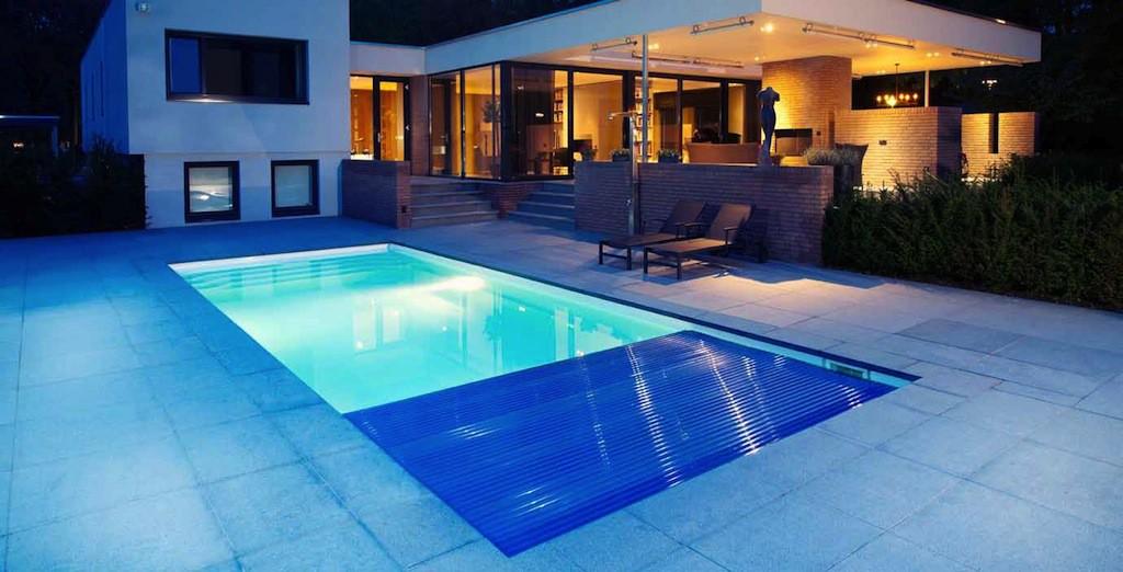 Cubiertas autom ticas para piscinas roldeck starline for Cubiertas de lona para piscinas