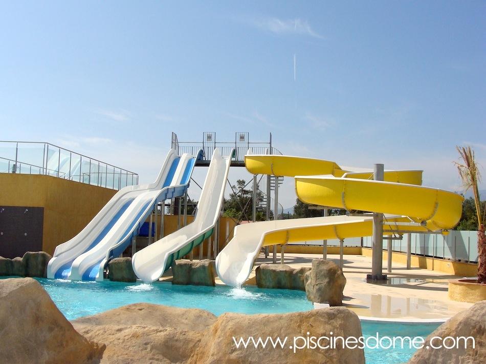 Toboganes acu ticos para piscinas piscines dome for Hoteles en algeciras con piscina