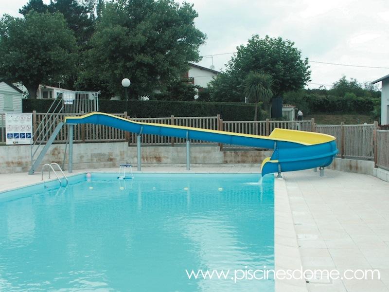 Toboganes acu ticos para piscinas piscines dome for Toboganes para piscinas